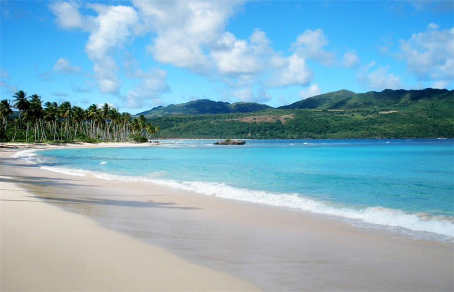 Playa Rincon - Only 7 minutes away by boat from Las Galeras
